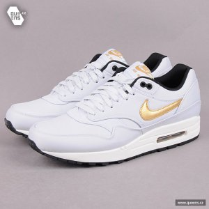 Nike Air Max 1 Gold Trophy