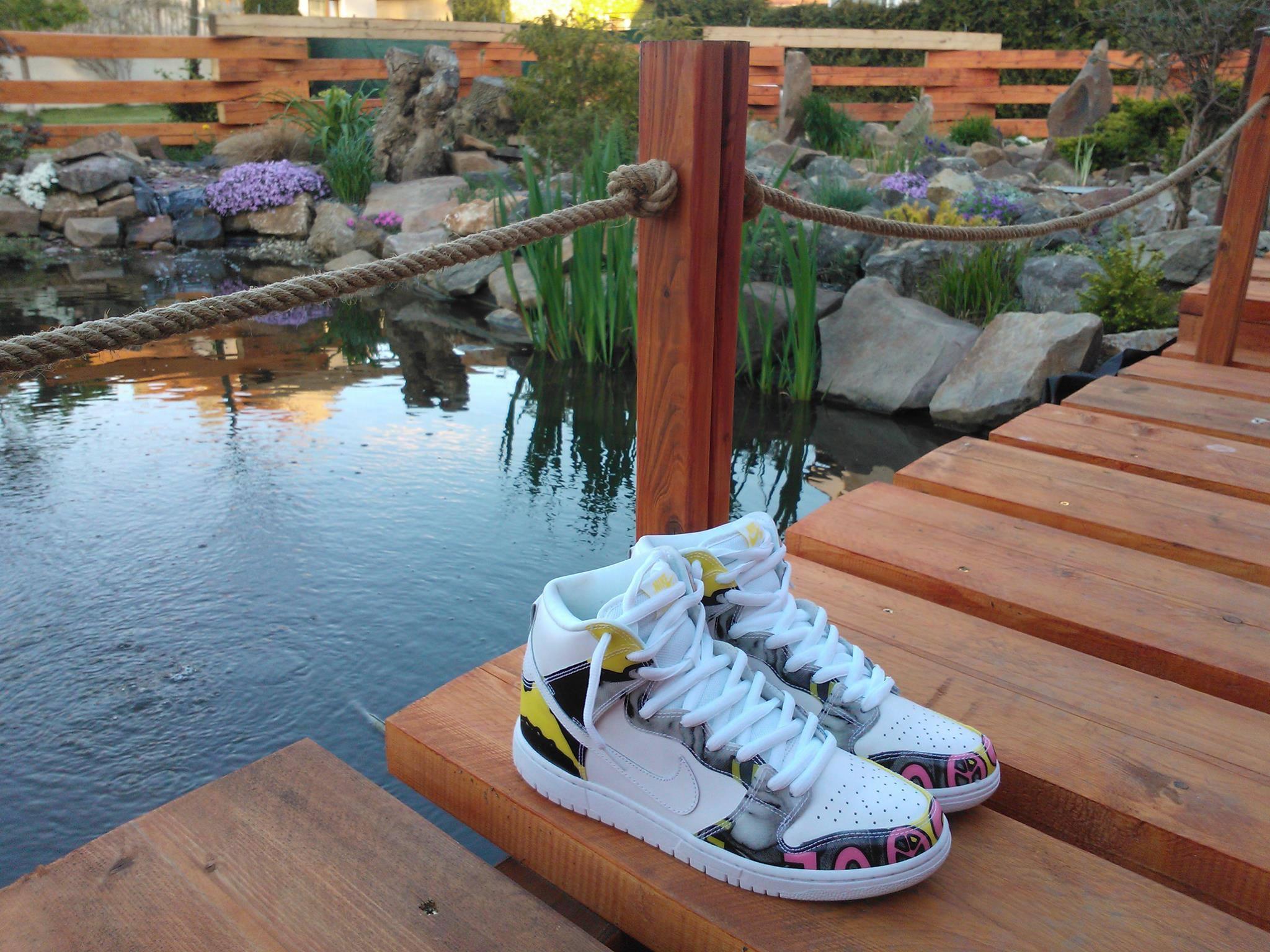 Nike SB Dunk x De La Soul
